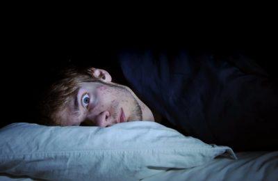 thói quen ngủ muộn